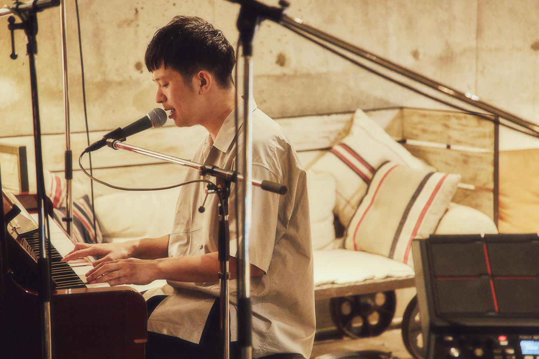 Keishi Tanakaが期間限定有料ストリーミングライブ配信 「お互いの場所でお互い楽しみましょう」