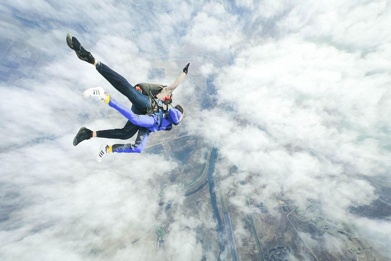 The fin.  Kaoru NakazawaのGravityを感じる空の旅【YouTube】