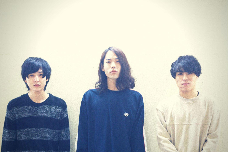 関西発3人組バンドLEEVE ROSELYN、2nd EP「NOT TO VERBALIZE」リリース!
