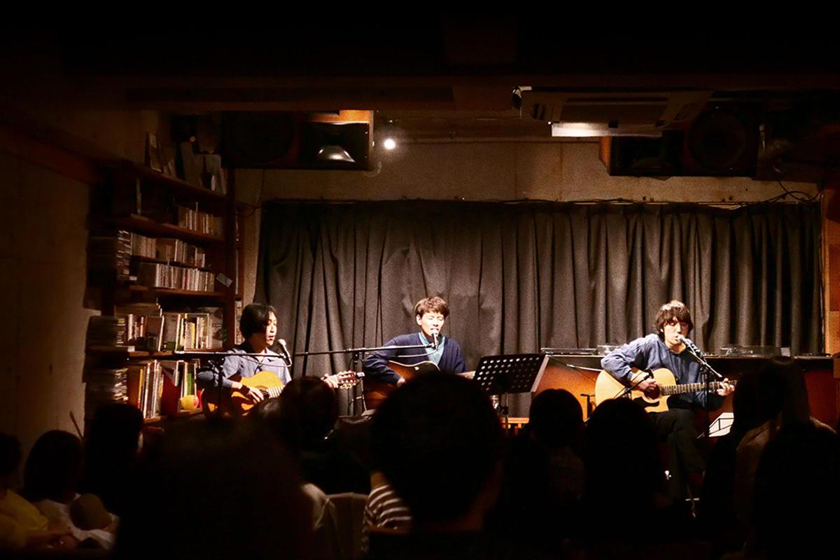 odol、ミゾベリョウ(Vo, Gt)主催のイベント『binary』。歌とギターで生み出す表現。